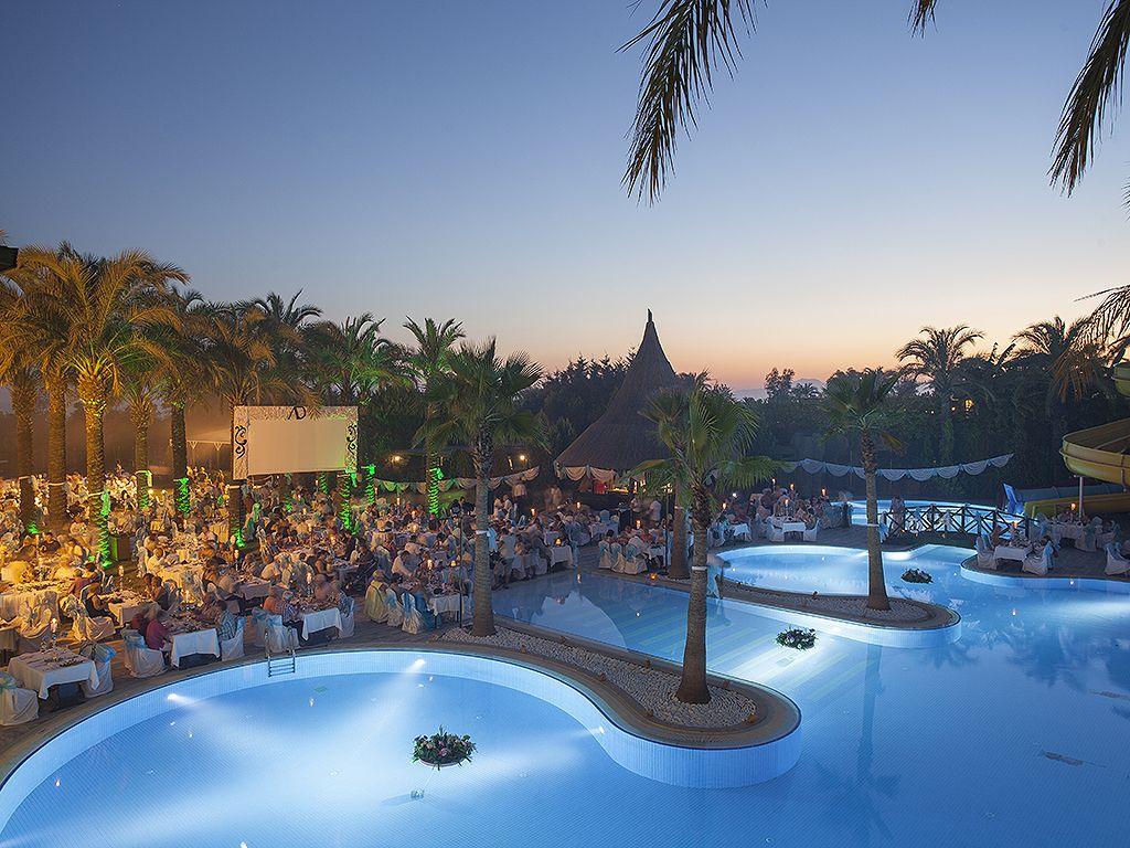 бассейн отеля Alva Donna Beach Resort Comfort