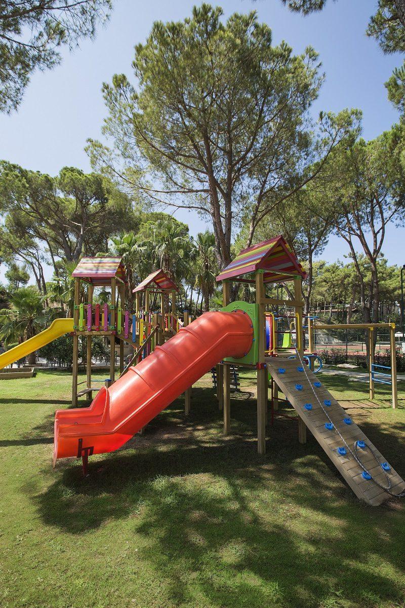 детская площадка отеля Bellis Deluxe Hotel