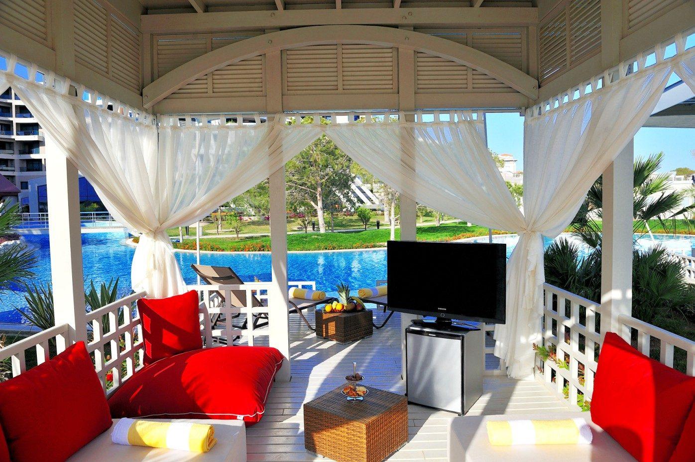 территория отеля Susesi Luxury Resort