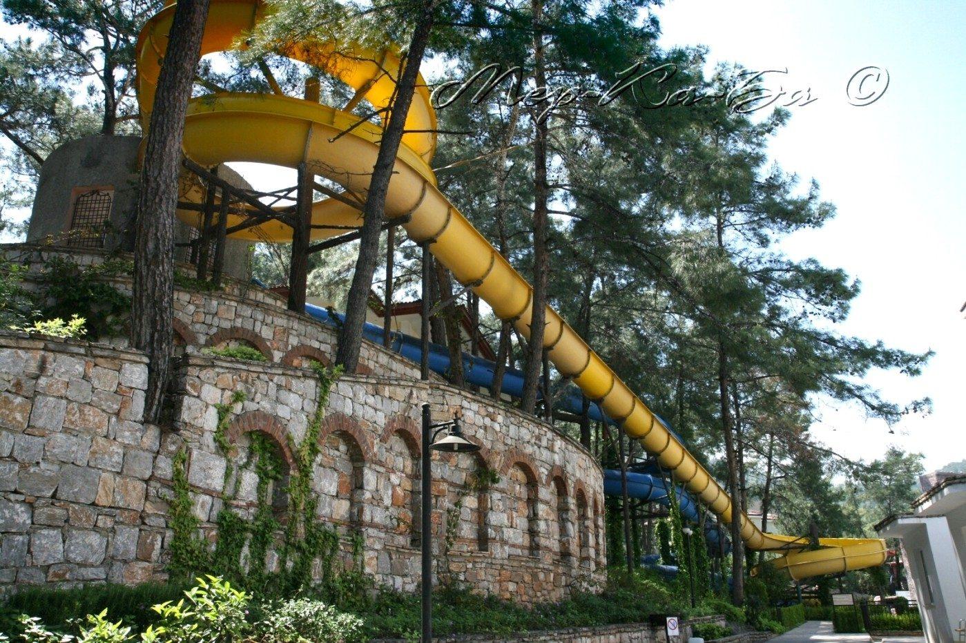 водные горки отеля Grand Yazici Club Turban