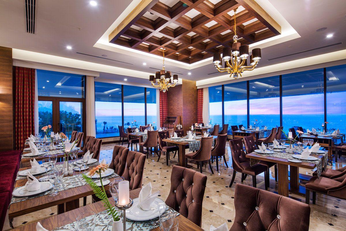 ресторан отеля Nirvana Lagoon Villas