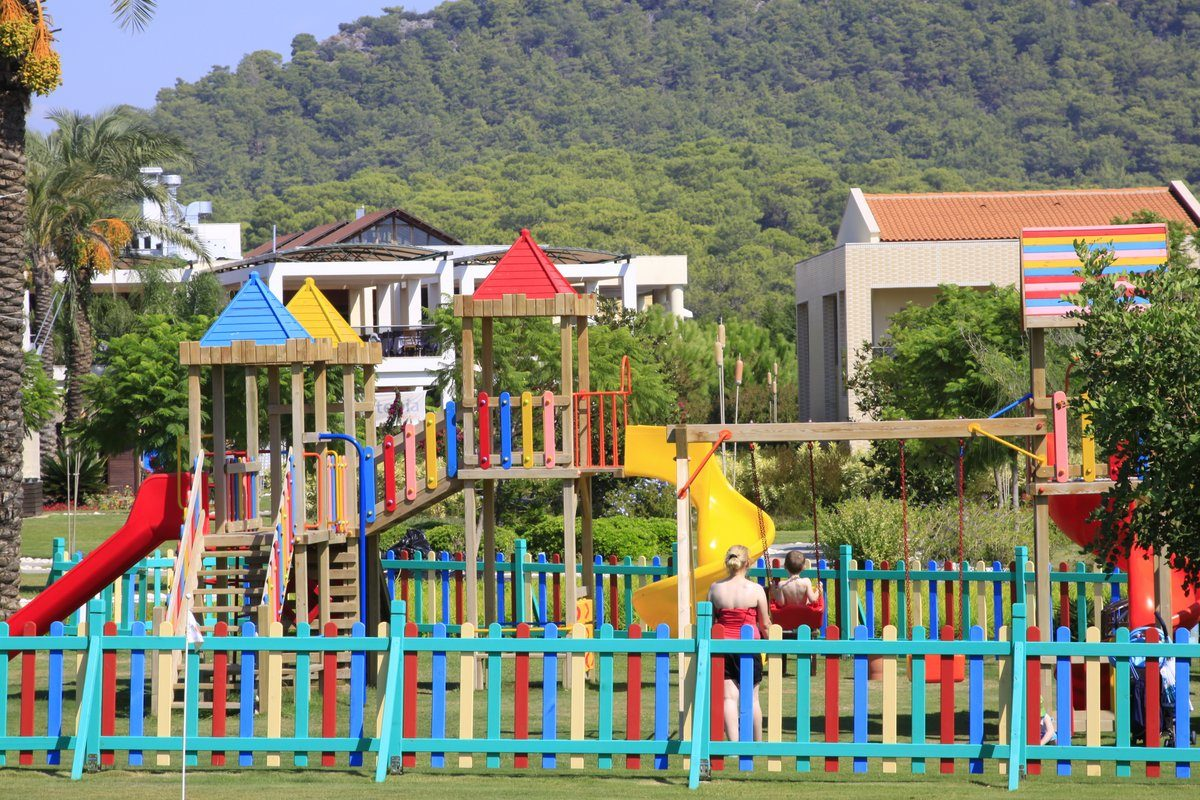 детская площадка отеля TUI Family Life Tropical Resort