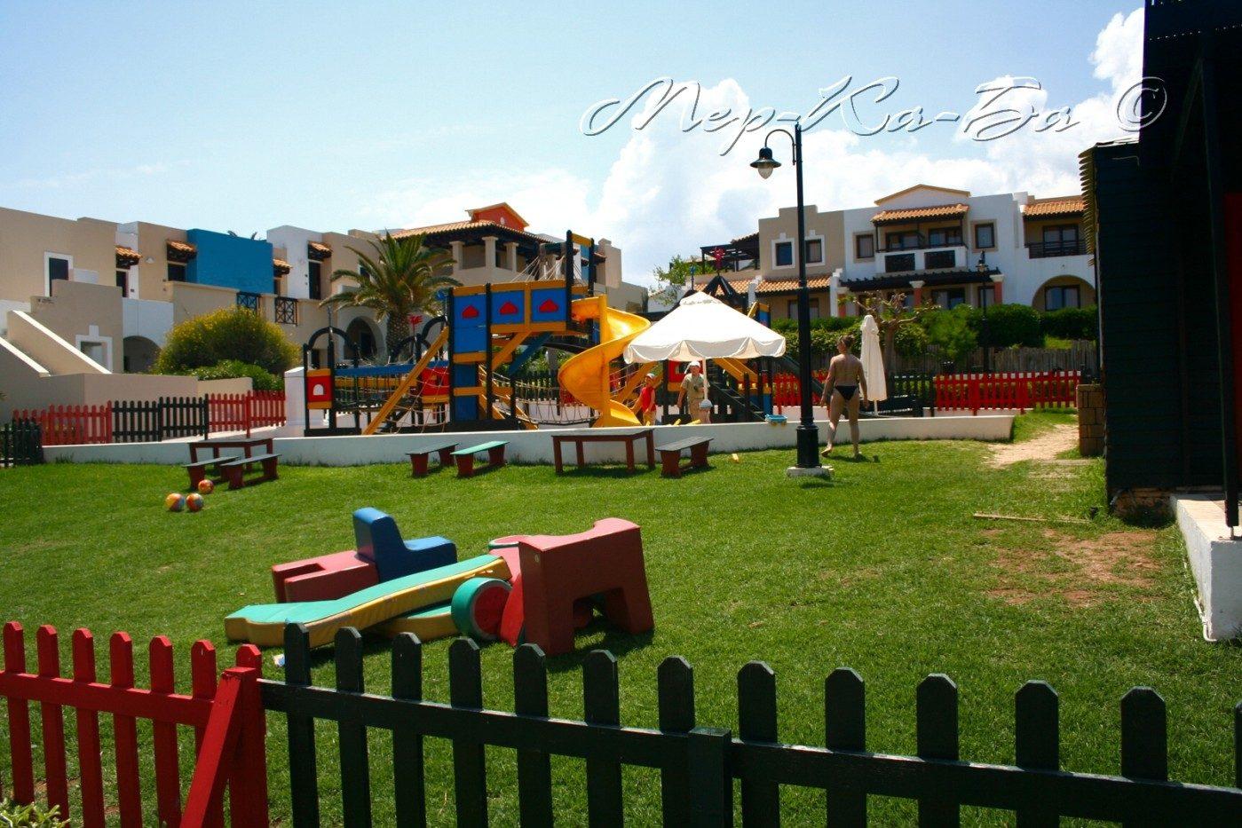 детская площадка отеля Aldemar Knossos Royal