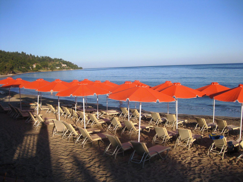 пляж отеля Cronwell Rahoni Park Hotel