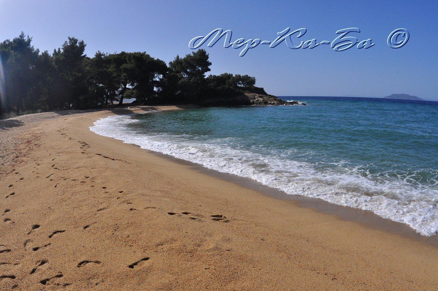 пляж отеля Lagomandra Beach