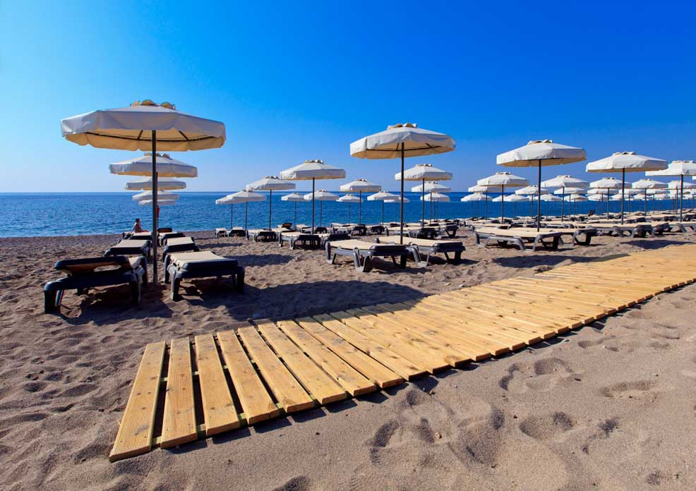 пляж отеля Princess Andriana Resort & Spa