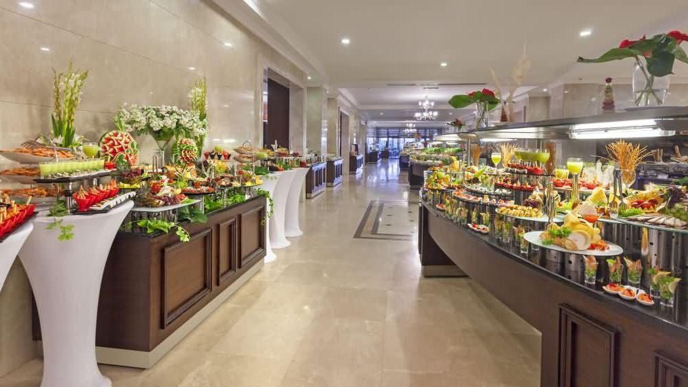 ресторан отеля Avantgarde Hotel & Resort