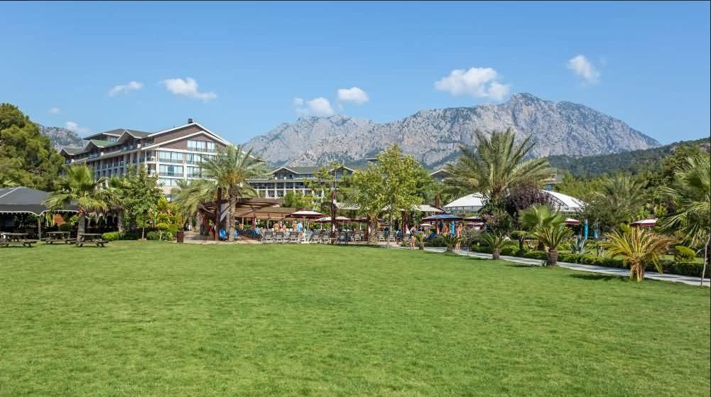 территория отеля Avantgarde Hotel & Resort