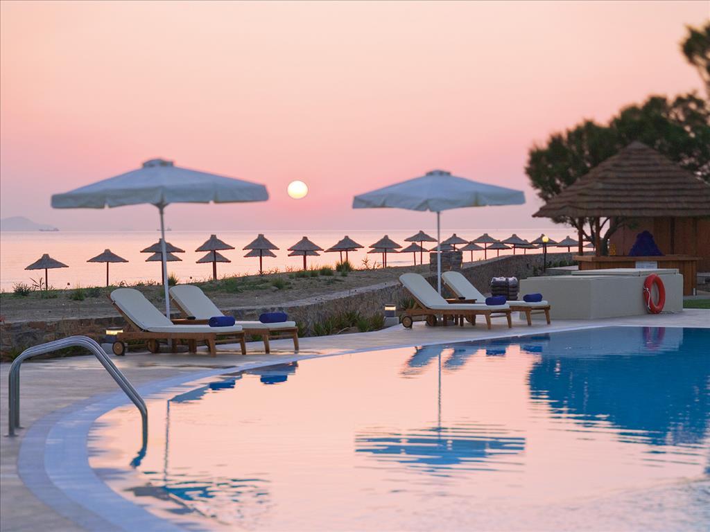 пляж отеля Candia Maris Resort SPA
