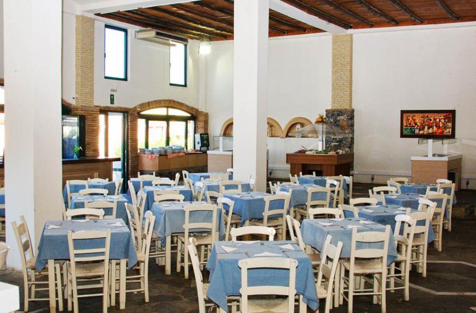 ресторан отеля Fereniki Holiday Resort