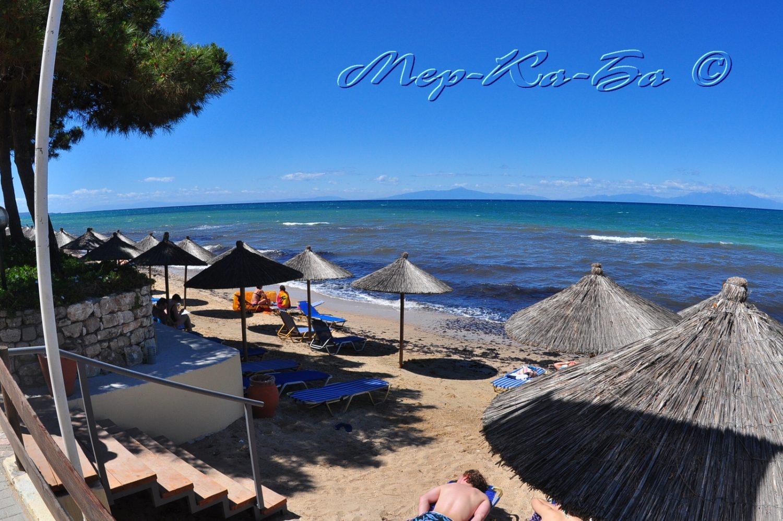 пляж отеля Portes Beach