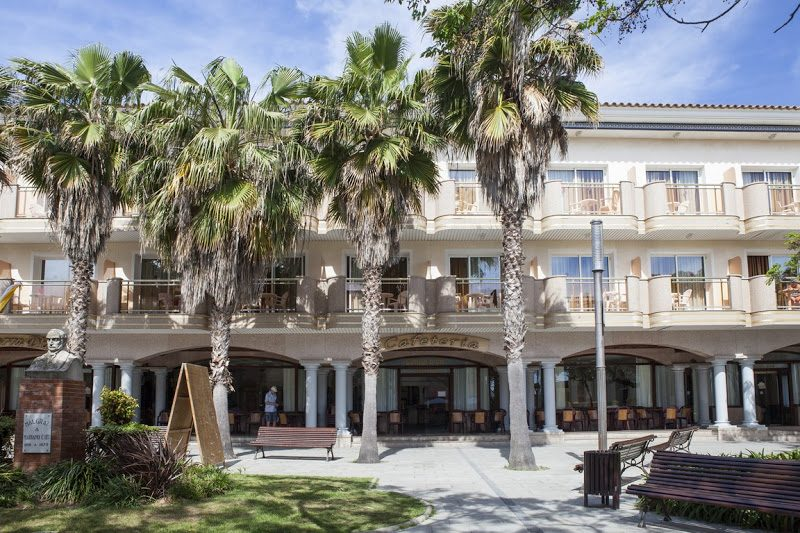 территория отеля Ibersol Sorra D'or Hotel