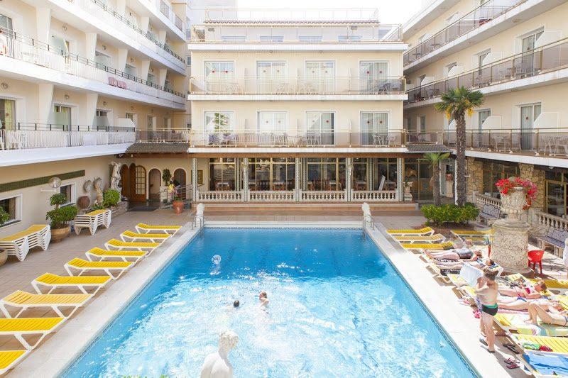 бассейн отеля Ibersol Sorra D'or Hotel