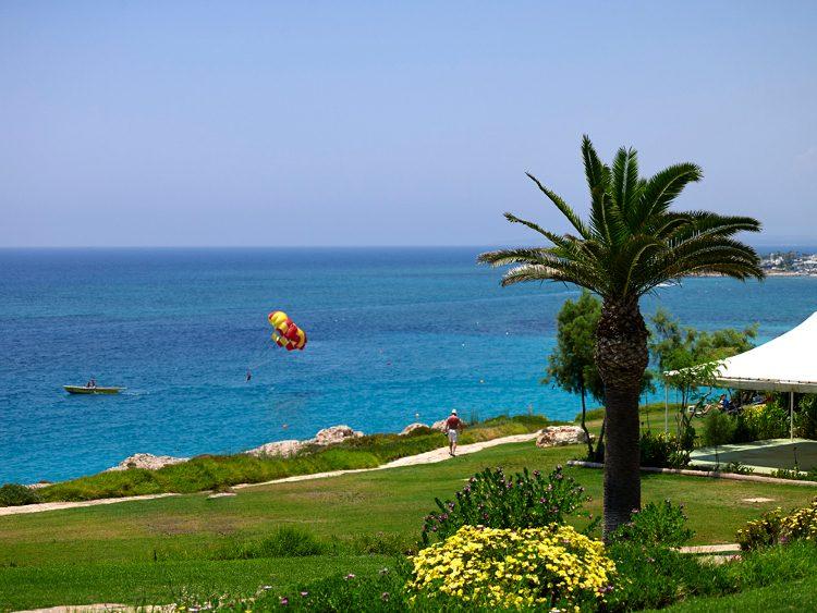 пляж отеля Atlantica Club Sungarden Beach