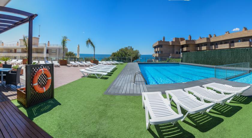 бассейн отеля Albatros Aparthotel
