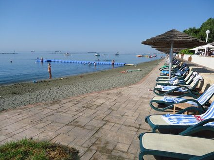пляж отеля Atlantica Miramare Beach