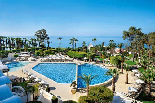 бассейн отеля Еlias Beach