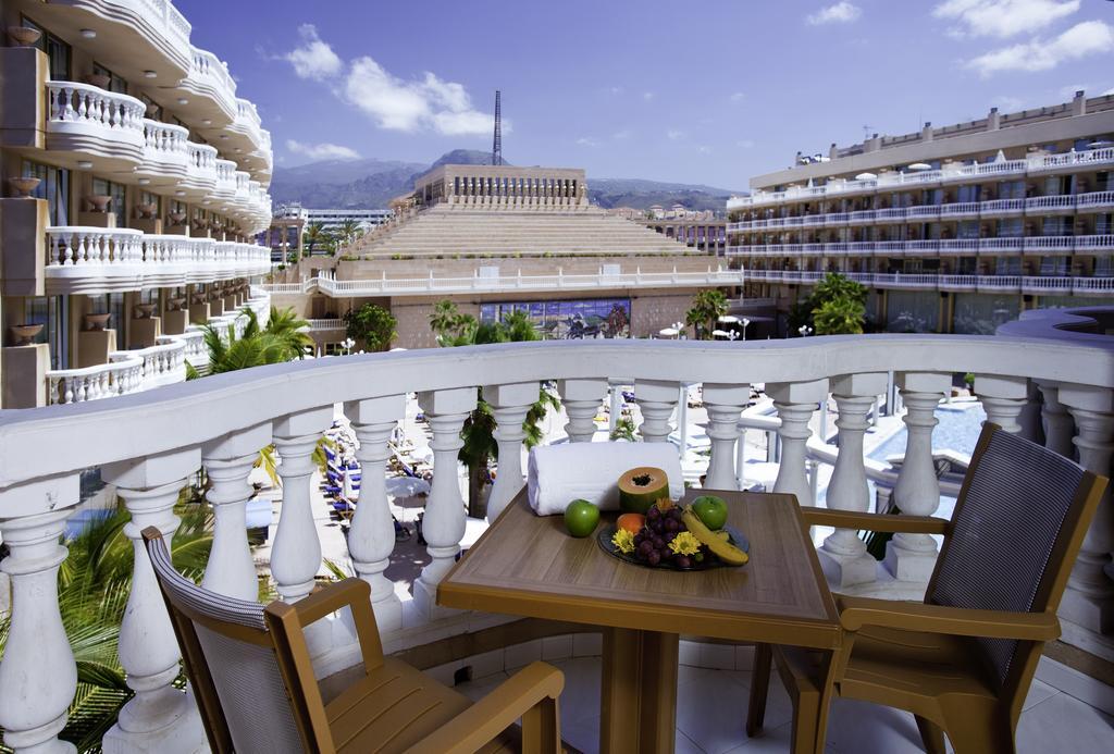 терраса отеля Cleopatra Palace