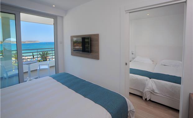 номер отеля Okeanos Beach