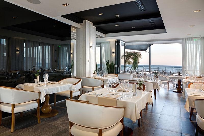 ресторан отеля Ciao Stelio