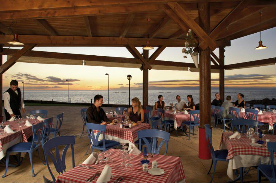 ресторан отеля Riu Buena Vista