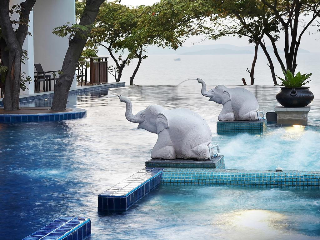 территория отеля Cosy Beach