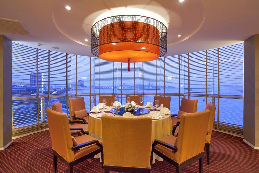 ресторан отеля Dusit Thani Pattaya