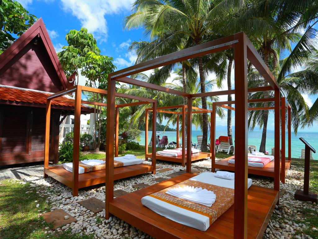 пляж отеля Samui Palm Beach Resort