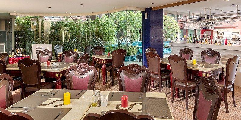 ресторан отеля Blue Ocean Resort