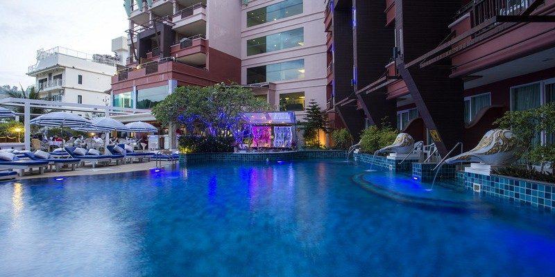 территория отеля Blue Ocean Resort