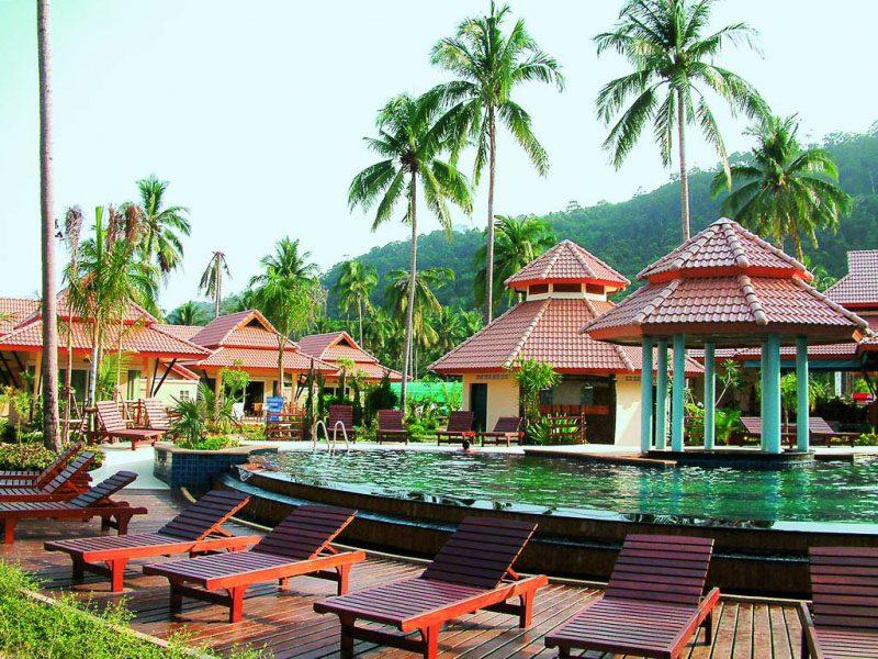 территория отеля Koh Chang Paradise Resort