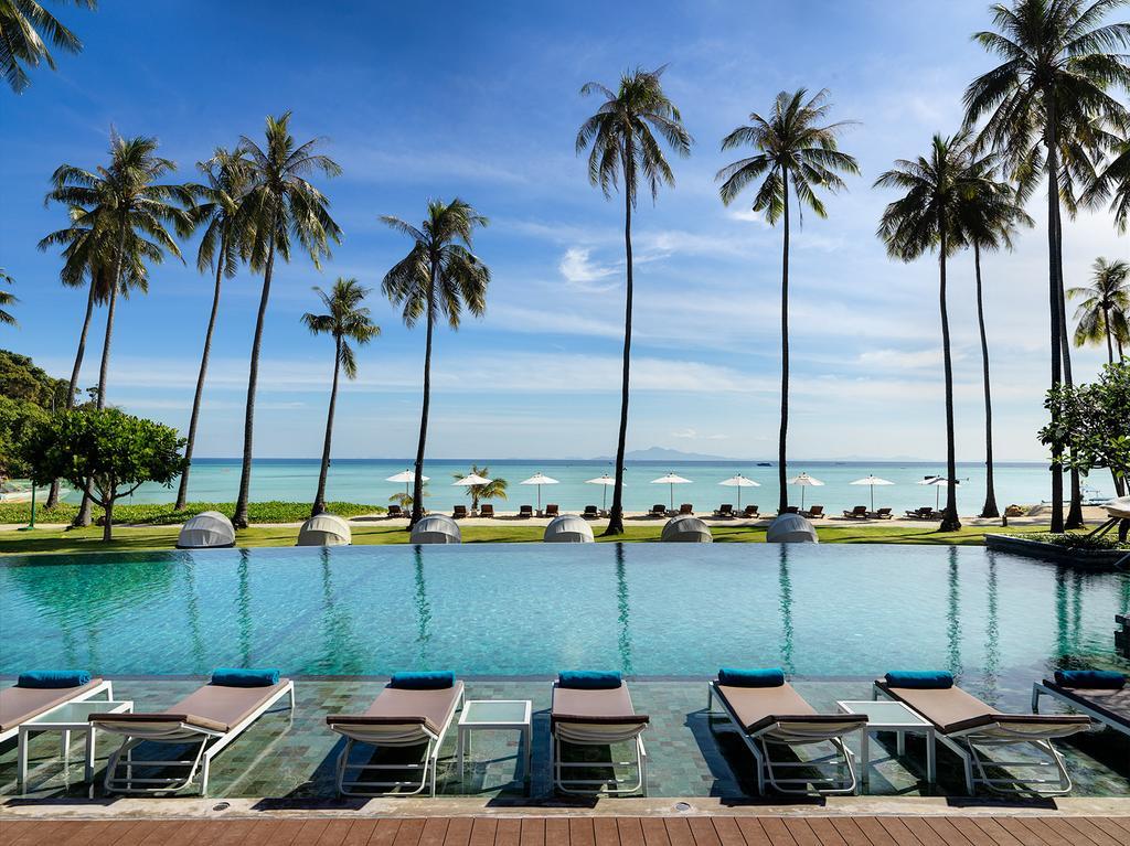 отдых в отеле Phi Phi Island Village Beach