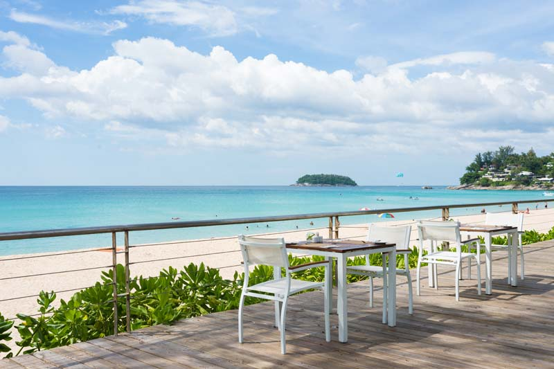 терраса отеля Katathani Phuket Beach Resort