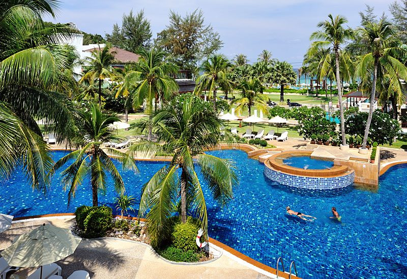 бассейн отеля Katathani Phuket Beach Resort