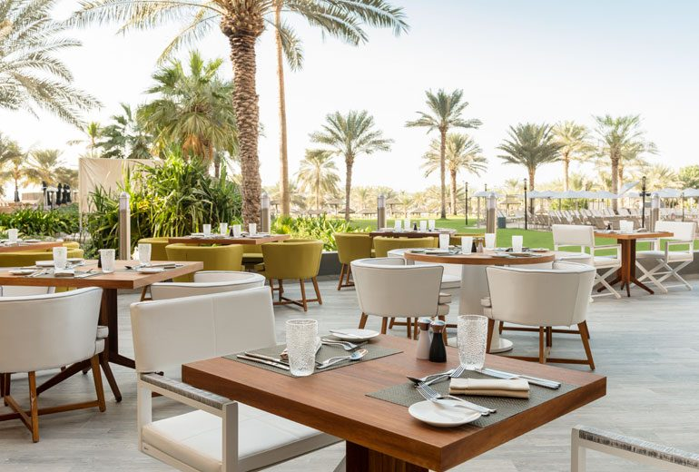 ресторан отеля Le Royal Meridien Beach Resorts & Spa Dubai