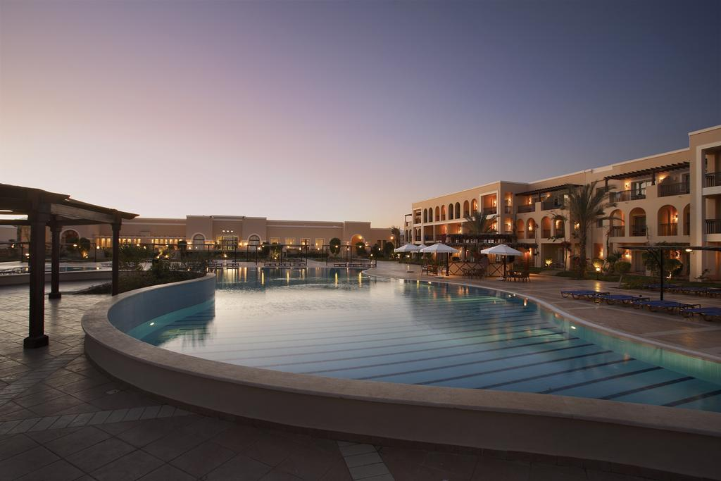 бассейн отеля Jaz Mirabel Beach