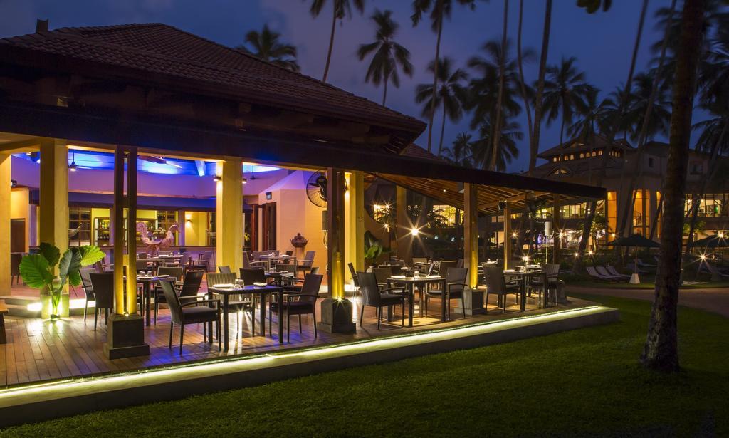 ресторан отеля Royal Palms Beach Hotel
