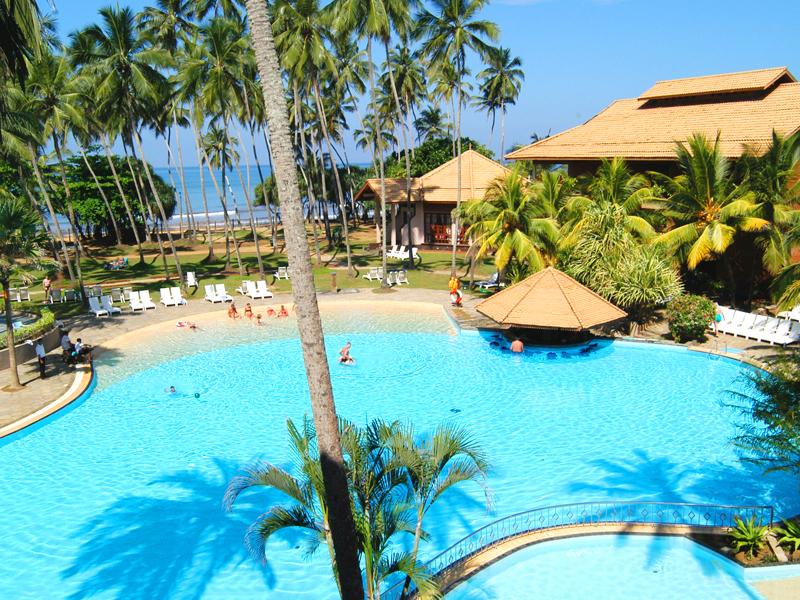 бассейн отеля Royal Palms Beach Hotel