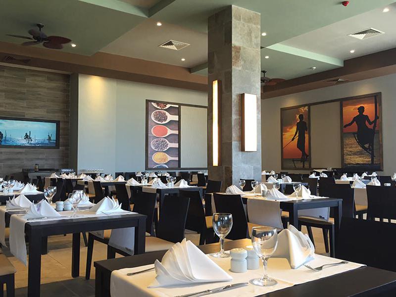 ресторан отеля Riu Sri Lanka