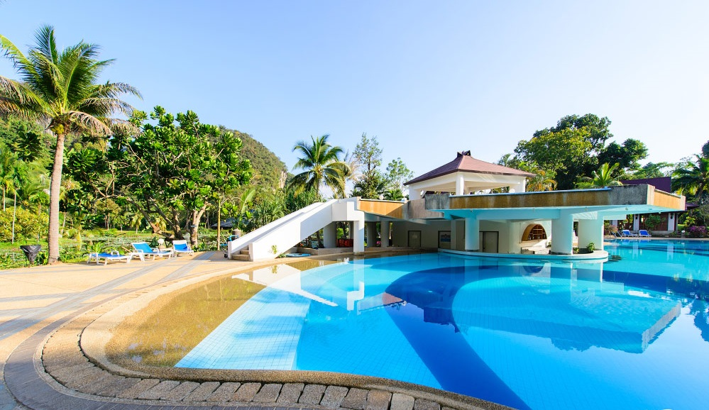 бассейн отеля Maritime Park & SPA Hotel