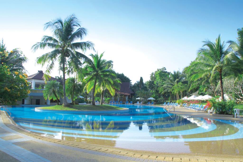 территория отеля Maritime Park & SPA Hotel