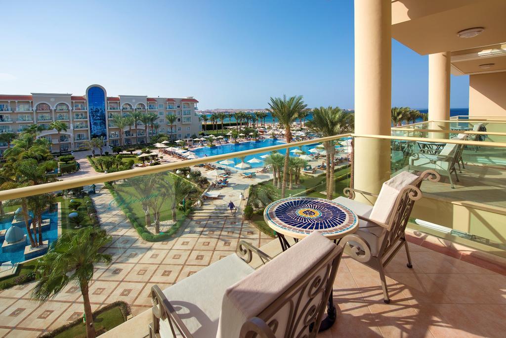 балкон отеля Premier Le Reve Hotel & Spa