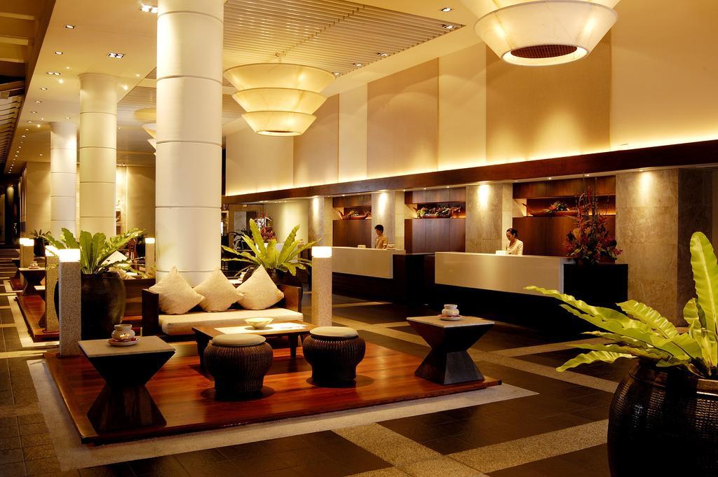 бар отеля Hilton Arcadia Phuket