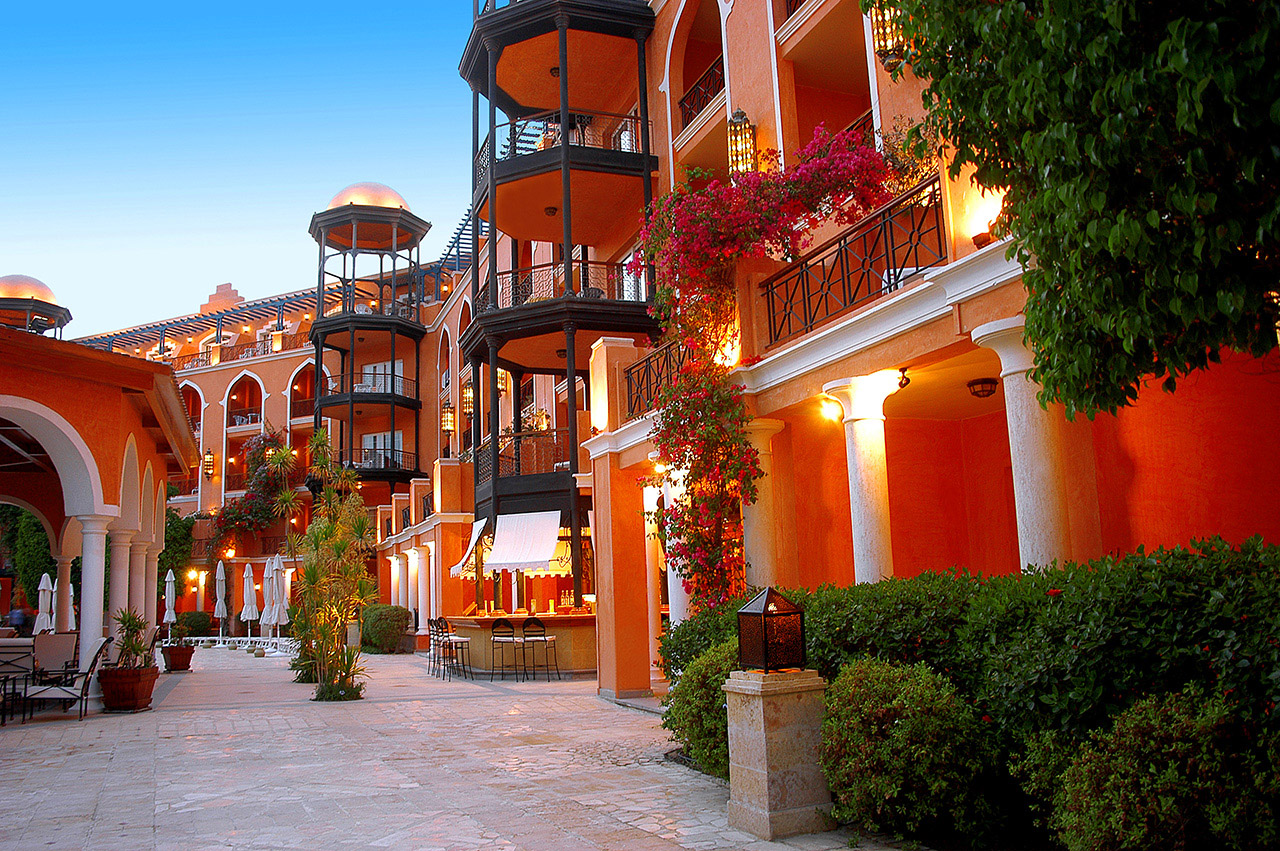корпус отеля The Grand Resort Hurghada
