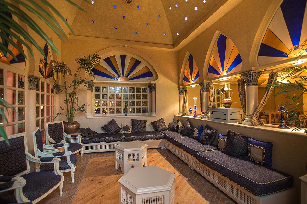 лобби отеля The Grand Resort Hurghada