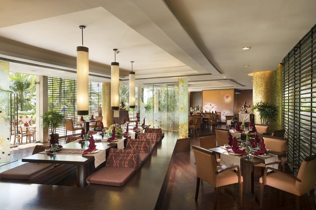 ресторан отеля Hilton Arcadia Phuket