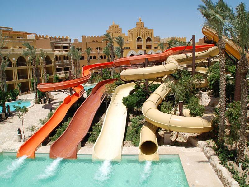 водные горки отеля Sunwing Waterworld Makadi