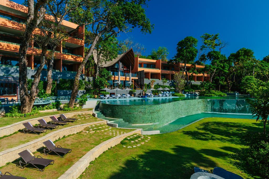 территория отеля Sri Panwa Phuket