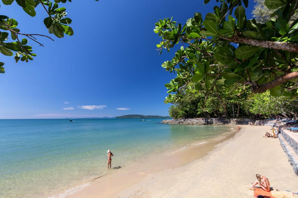 пляж отеля Krabi Resort