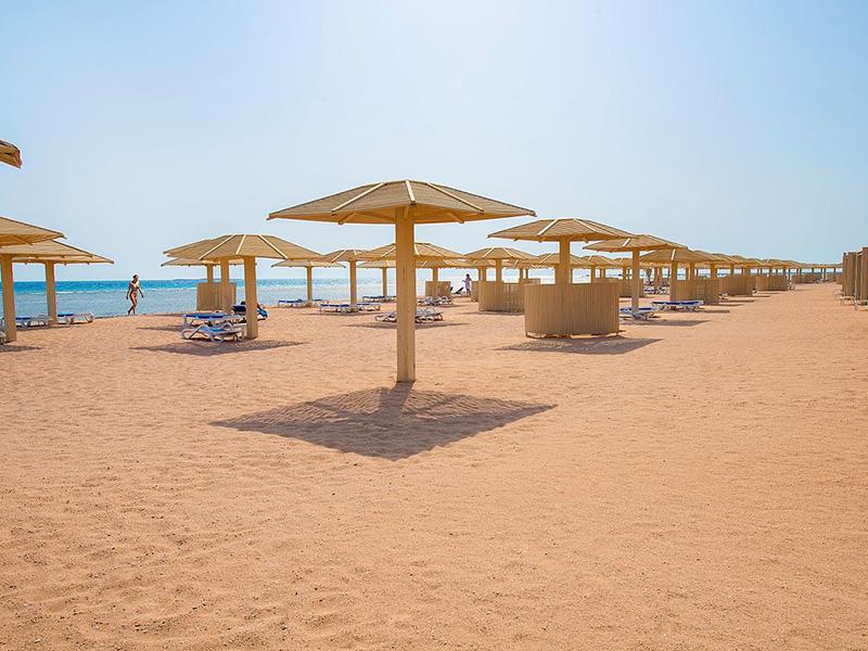 пляж отеля Premier Le Reve Hotel & Spa